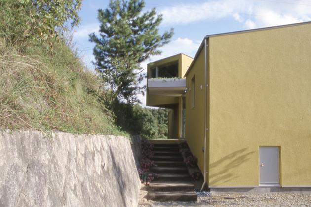 三角地の家